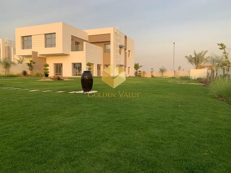 Ready to move in luxury 5 BR villa with easy payment plan