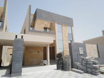 4 Bedroom Villa for Sale in Al Yasmeen, Ajman - Villa for sale, modern design on a running street, at the lowest prices