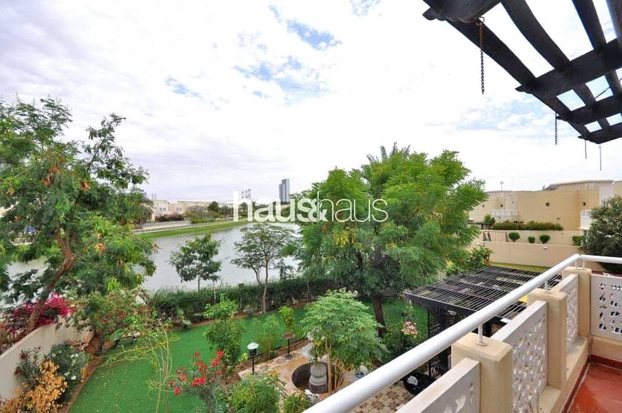 2 Upgraded   Beautiful Lake View   4 Bedrooms + Maid
