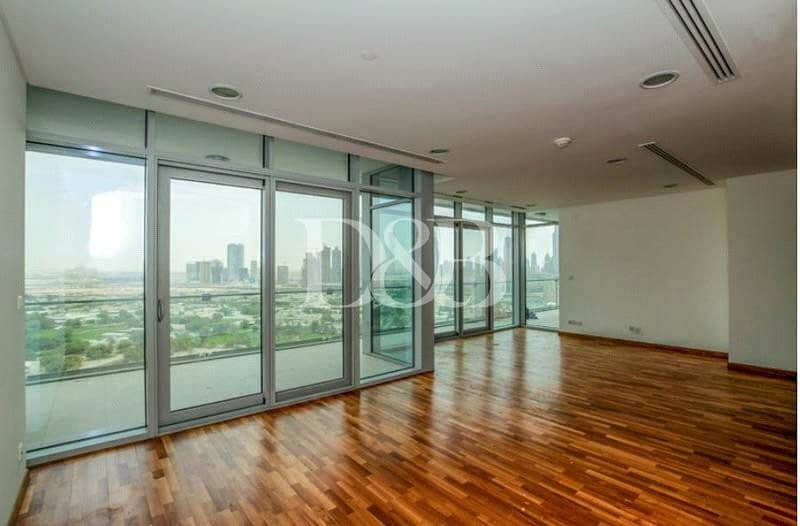 Spacious Three Bedroom With Zabeel Views