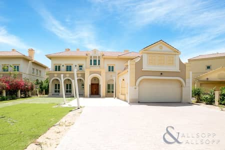 5 Bedroom Villa for Sale in Jumeirah Islands, Dubai - 5 Bed| Master View Villa |Upgraded Kitchen