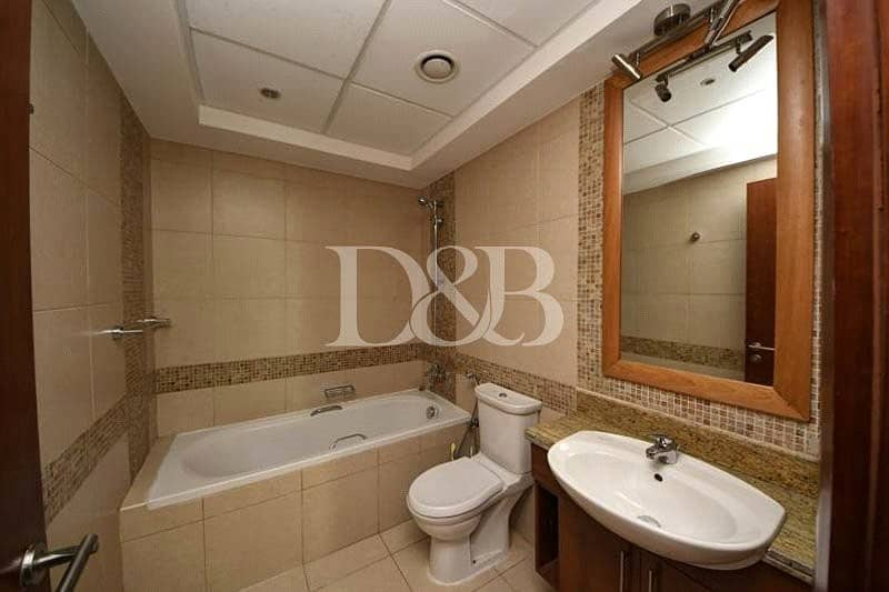 10 Lake View | 1.5 bathroom | Vacant On March