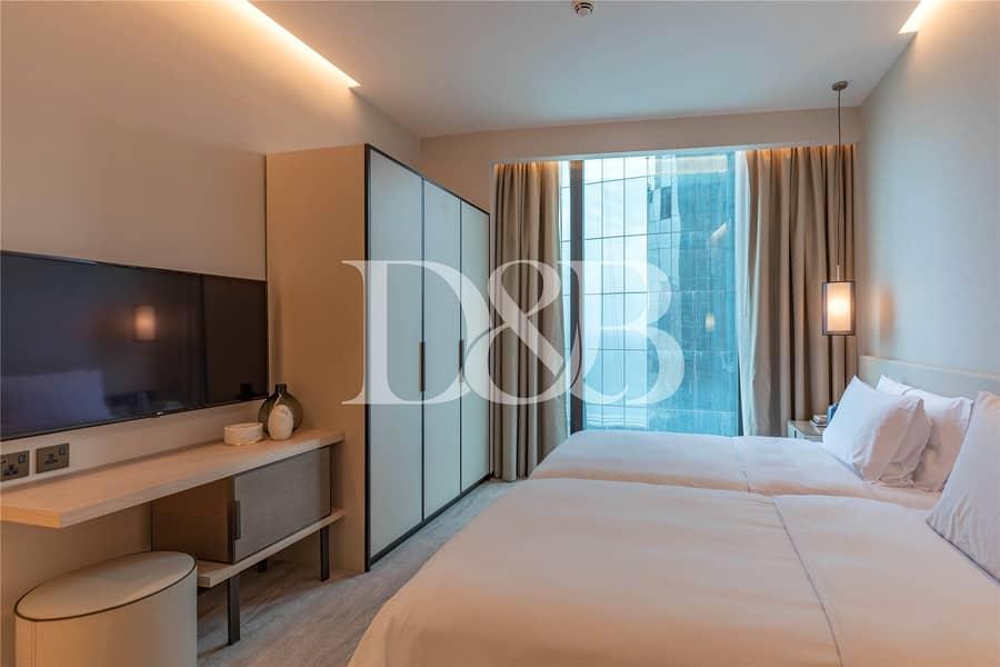 2 Amazing Palm View | Luxury Beachfront Apartment