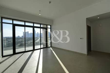 1 Bedroom Flat for Sale in The Hills, Dubai - The Hills C2|Emirates Hills Lake View|Vacant