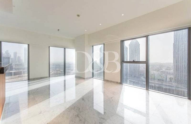 Large Corner 1 BR Apartment | SZR And FCR View