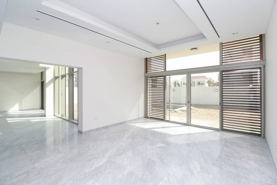 11 Contemporary 5 BR| Furnished Villa Ready to Move-In