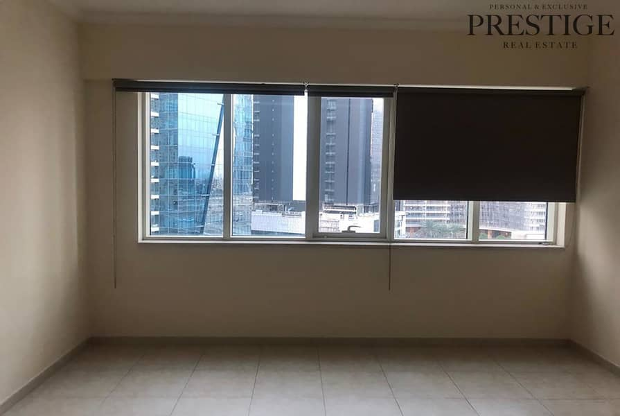 18 Marina View | Vacant | Two Beds + Study.