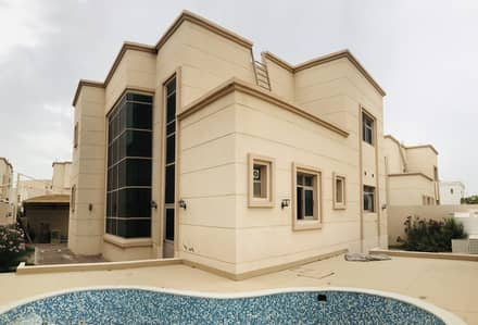 5 Bedroom Villa Compound for Rent in Khalifa City A, Abu Dhabi - AMAZING & A BREATH TAKING VILLA