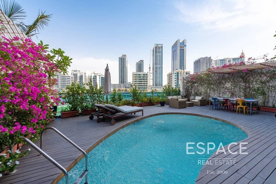 12 Lovely Upgraded Villa with Marina View