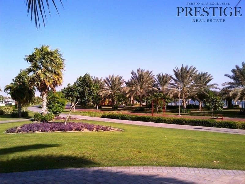 10 6 Bed + Maid Room Villa Private Pool Al Barsha 3