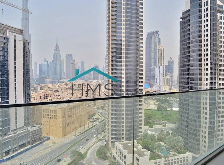 2 Bright & Spacious |  Burj khalifa View | 4 Checks