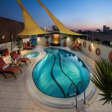 Studio for Rent in Bur Dubai, Dubai - Newly Renovated Studio Apartments include DEWA & Kitchenette /DEWA Inclusive/Free Deposit & No Commission / Flexible Payment Terms
