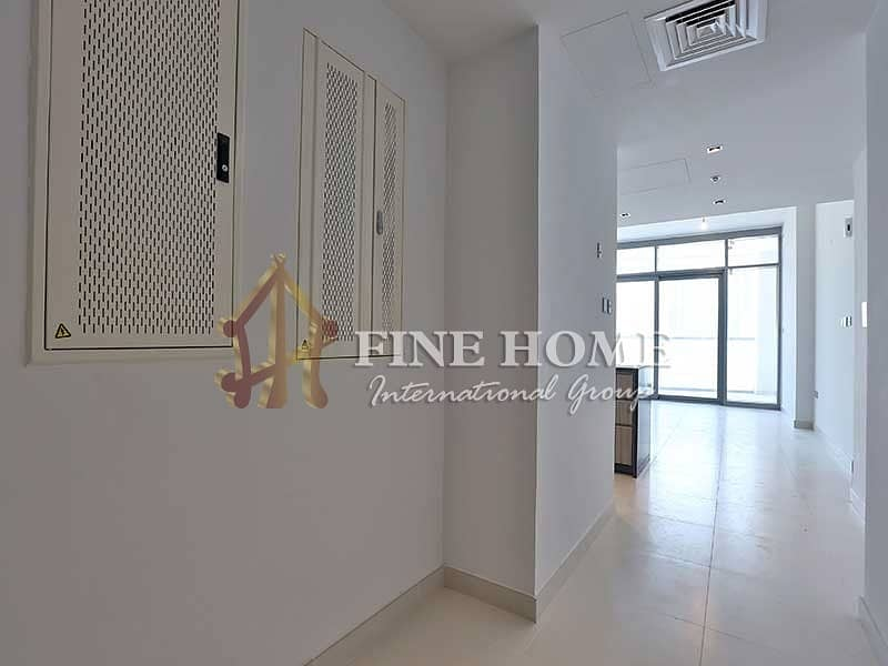 2 Amazing 3 Bedrooms + Balcony + Maid Room