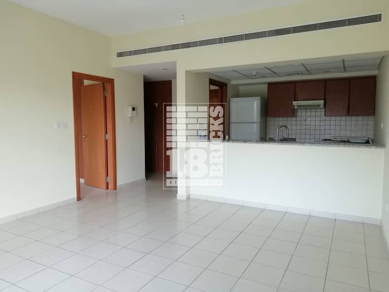 2 Chiller Free | Well Maintained | Spacious