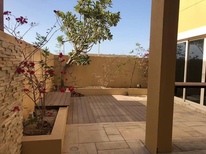 2 Stunning 3 Beds Villa in Yasmina Raha