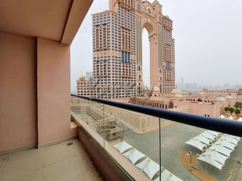 Live in Luxury 1BHK + Complete Facilities Marina View
