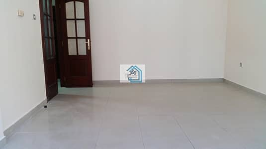 2 Bedroom Apartment for Rent in Electra Street, Abu Dhabi - 2 BR Apartment with Balcony and Wardrobes