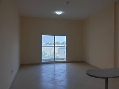 استوديو  للايجار في واحة دبي للسيليكون، دبي - Studio with balcony  lynx residence just 25 k