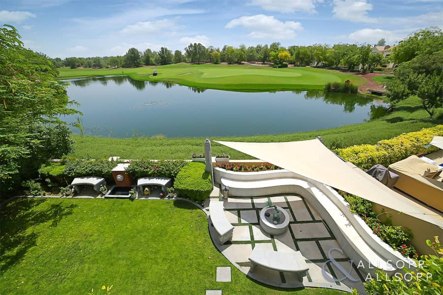 EXCLUSIVE   Lake View   Extended   4 Bed