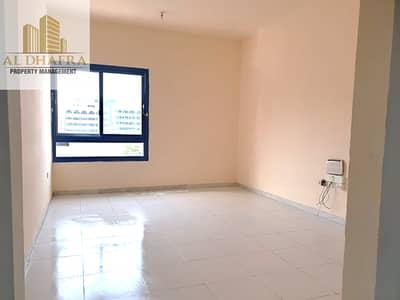 شقة 1 غرفة نوم للايجار في شارع الفلاح، أبوظبي - Limited Availability   1BHK  Balcony   2 Bathrooms