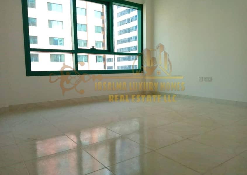 شقة في منطقة النادي السياحي 2 غرف 65000 درهم - 4574753