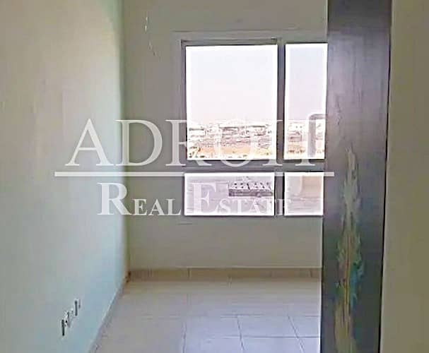 Huge Spacious | Elegant Unit | Quality 3BR Apt in Queue Point!!