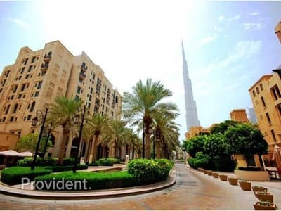 1 Bedroom Flat for Rent in Old Town, Dubai - Beautiful Furnished 1 B/R with Study room