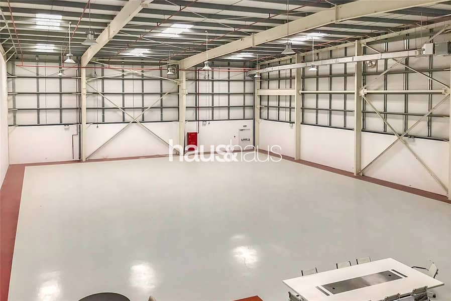 10 Fitted | A/C | Warehouse | Offices | Gym | 357 KW