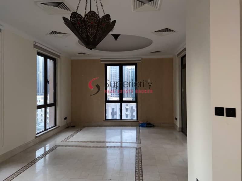 For rent | Penthouse 4 Bedroom plus Maids room in Kamoon Downtown
