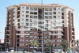 1Bed Apt with Balcony in CBD hi 580 k