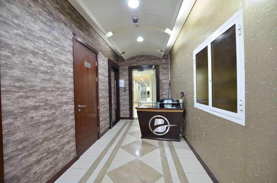 مکتب في مزيد مول مدينة محمد بن زايد 25000 درهم - 4398610