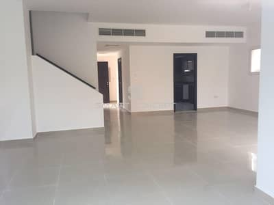 5 Bedroom Villa for Rent in Al Reef, Abu Dhabi - Spacious and nicely finished with Pool and Garden.