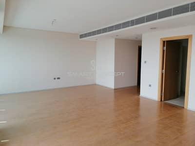 شقة 3 غرف نوم للايجار في شاطئ الراحة، أبوظبي - Well finished and maintained spacious Apt.| Vacant