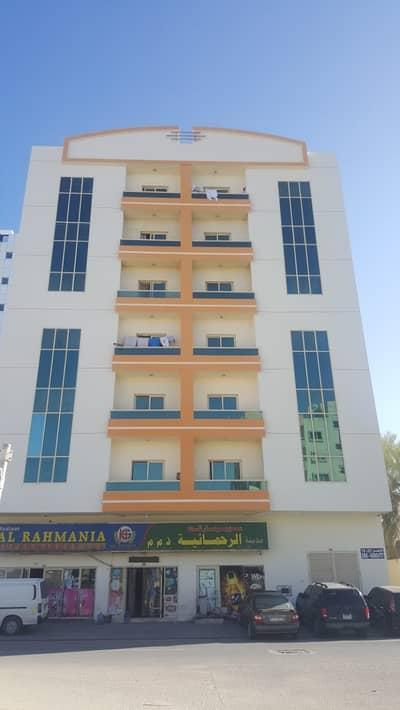 Building for Sale in Al Rashidiya, Ajman - For sale building in Rashidiya, a very special location from the owner directly, an area of 6400 feet