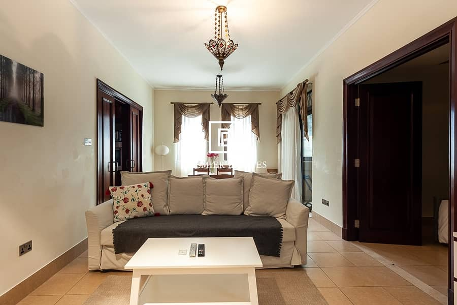 2 Fully Furnished 1 Bed Apartment with great views