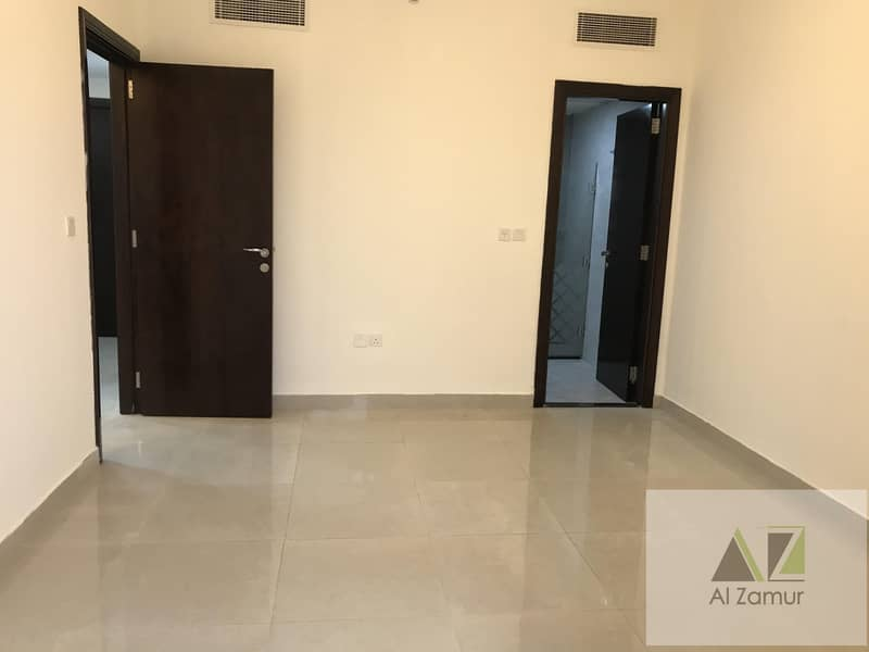 2 1000 Sqft 1Bhk with balcony Free 2 months