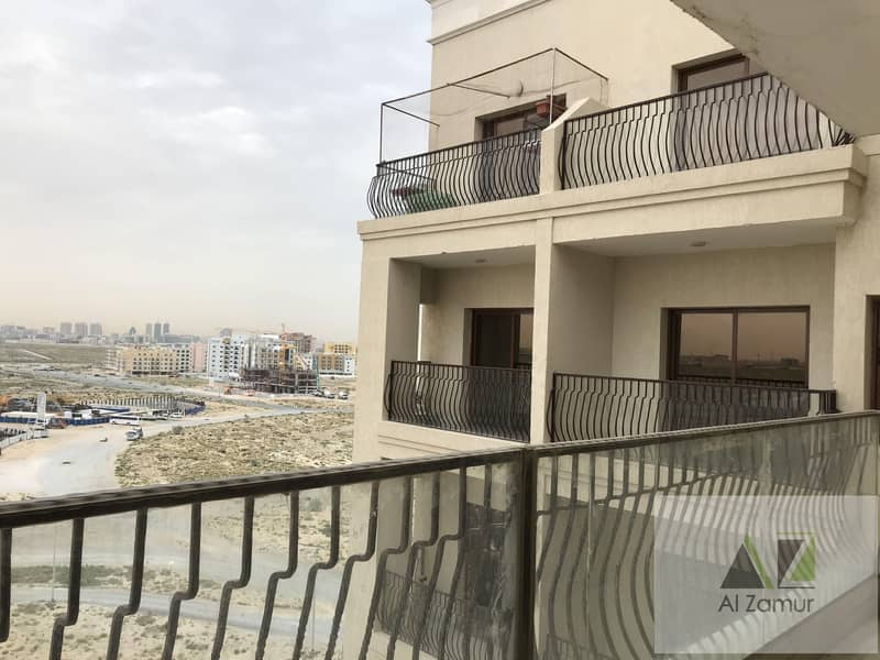 24 1000 Sqft 1Bhk with balcony Free 2 months