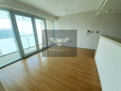Captivating Sea View! Vacant Well Maintained Unit!