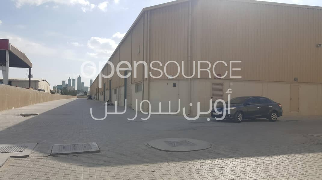 Tax Free Multiple Sized Storage Warehouses with Mezzanine Rack in Jebel Ali Ind 2