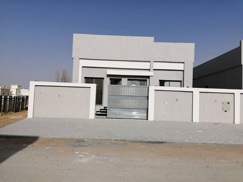 Villa for sale to owners of good taste very sophisticated finishing in Jasmine
