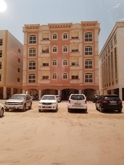 Studio for Rent in Al Qulayaah, Sharjah - Studio Available in Family Residence Bldg Al Qulaya, Behind Ladies Club Sharjah