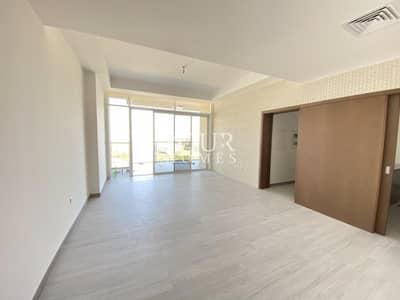 شقة 2 غرفة نوم للايجار في قرية جميرا الدائرية، دبي - SS- Brand New Specious 2 Br In Hameni Park And City View