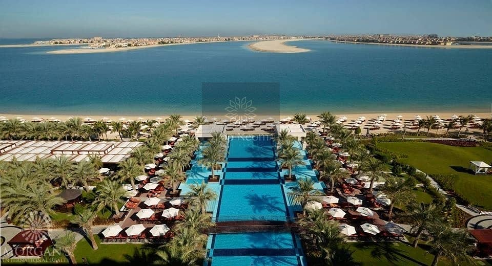 2 Seafront Royle Villa on Palm Jumeirah 5 Bedroooms