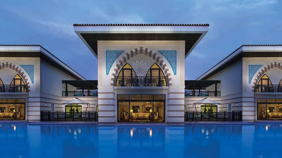 10 Seafront Royle Villa on Palm Jumeirah 5 Bedroooms