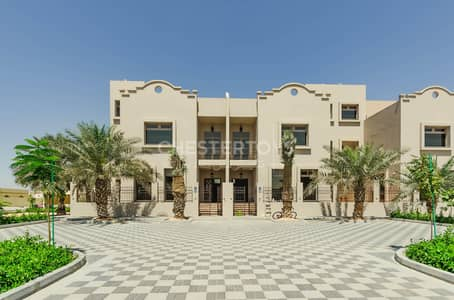 4 Bedroom Villa for Rent in Khalifa City A, Abu Dhabi - Exclusive Western Style 4 B/R Villa with Private Entrance