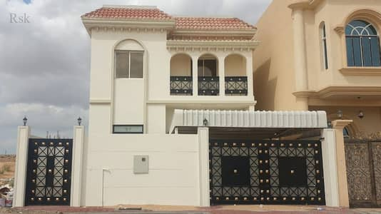 Luxury finished villa fully finished , freehold,GOOD LOCATION,FINANCING possible (BANK - ZAYED HOUSING PROG)