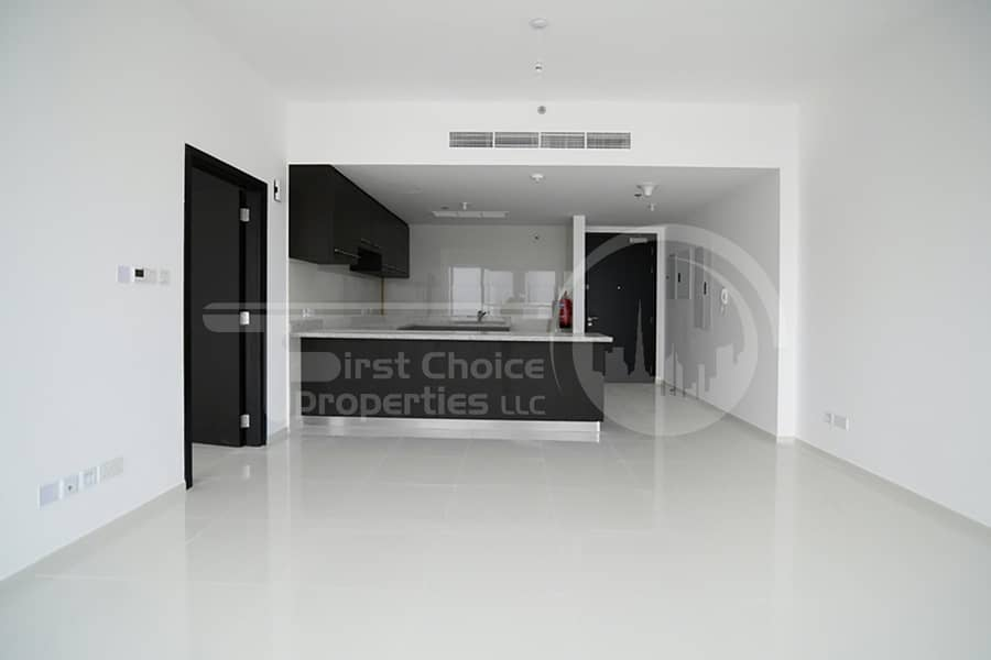 2 3 Cheques! Stunning Canal View Apartment
