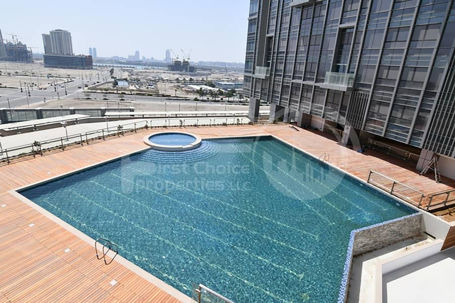 20 3 Cheques! Stunning Canal View Apartment