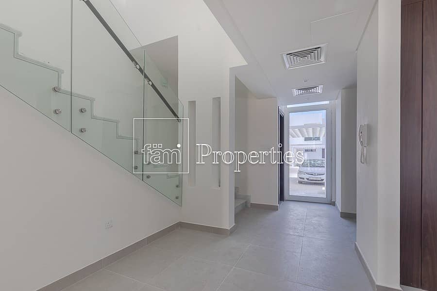 One of the best corner 3-bed Brand new townhouse