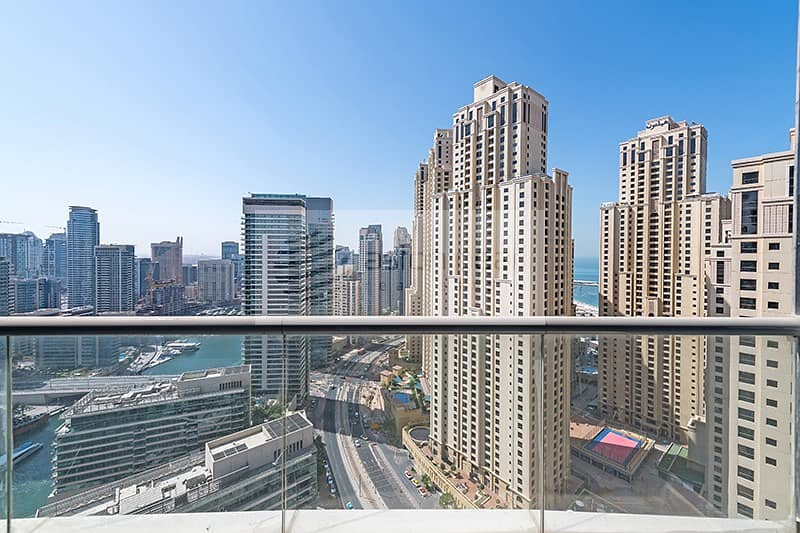 2 Beautiful Two Bedroom In The Heart Of Marina